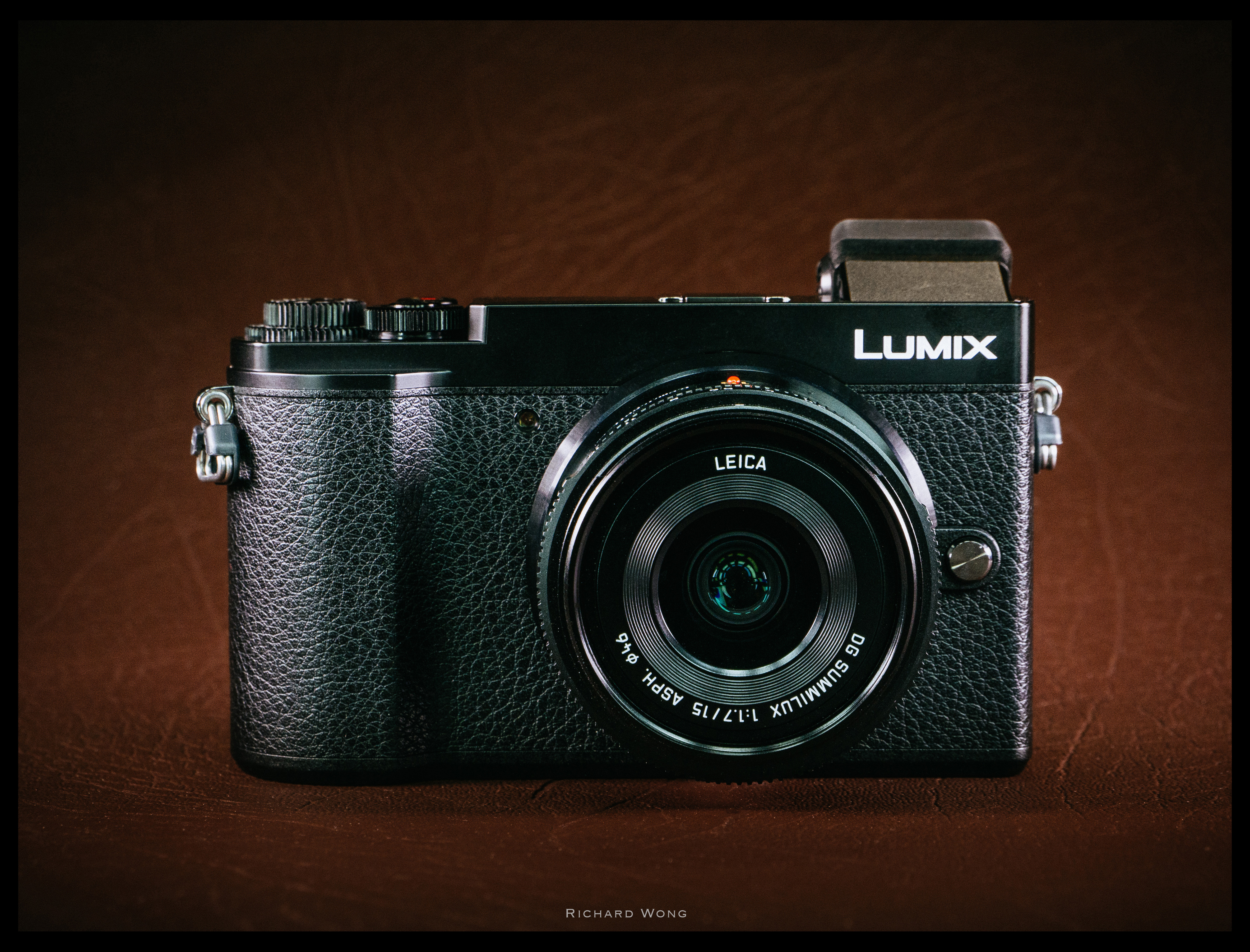 Panasonic Lumix Gx9 Review The Best Street Photography Camera Leica Dg Summilux 25mm F 14 Asph Micro 4 3 Lens If You Tape Logo Will Have A Really Compact And Stealthy Looking